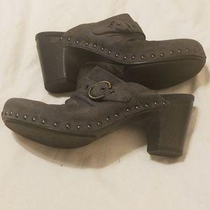 Dansko Shoes - Dansko Women's Shoe's Clogs   like new!